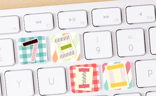 マスキングテープを貼り付けたキーボード