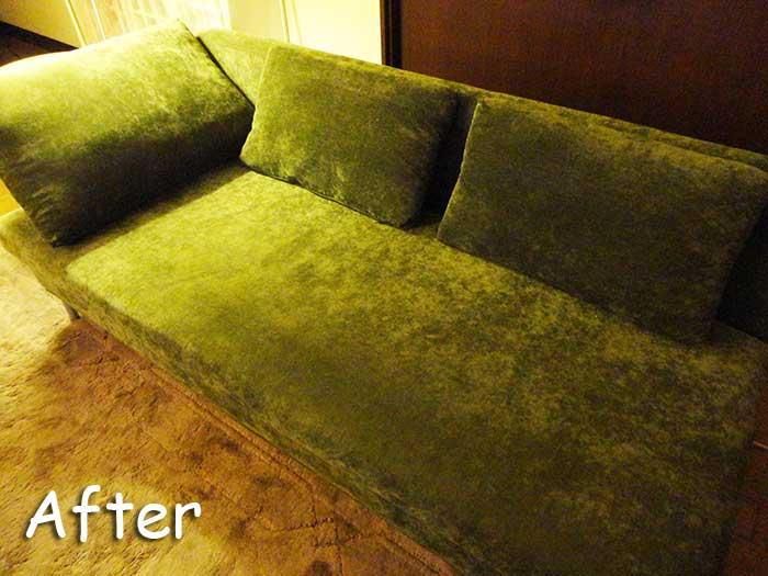 片付けたソファー