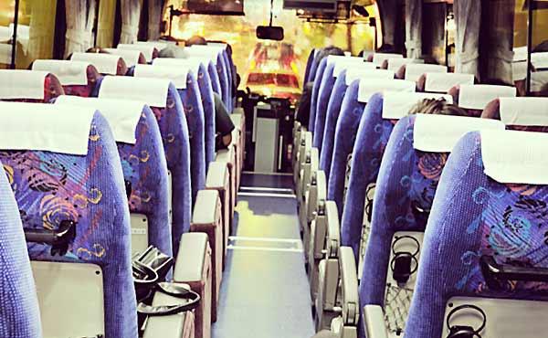 エコノミークラス症候群・夜行バスに潜む病気の予防法
