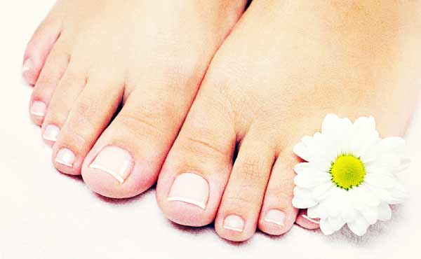 爪が白い・黄色っぽいのは水虫かも・爪白癬の予防法