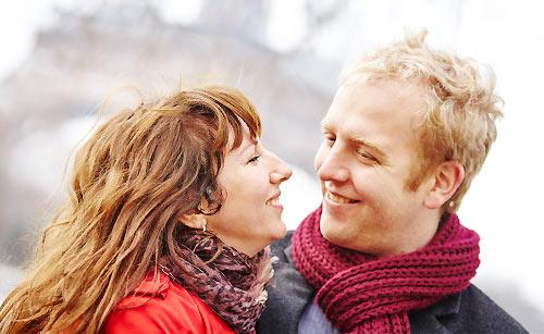 恋人と喜びを分かち合う
