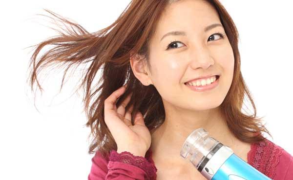 【綺麗な髪にするヘアケア方法】毎日できる簡単な美髪ケア