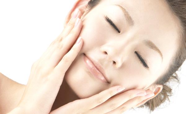 顔の肌をきれいにする方法・3つのポイントが自信をつくる