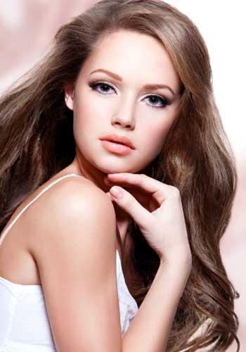 若い美しい女性