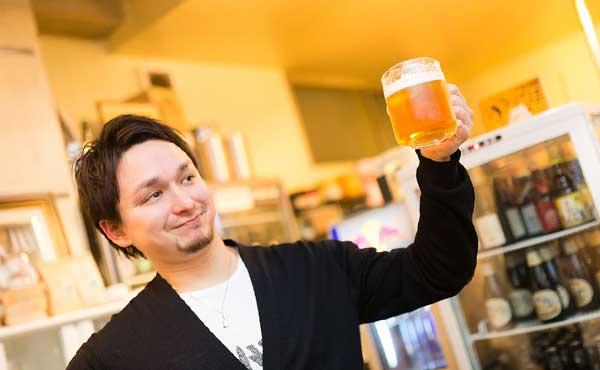 ドイツといえばビールの男性