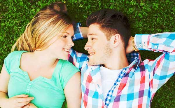 年上彼女が年下彼氏との恋愛で抱える4つの悩みと解決法