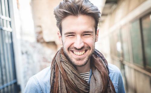 笑顔な男性