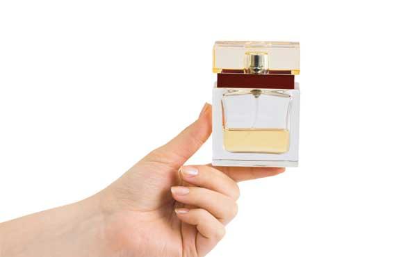 香水をプレゼント
