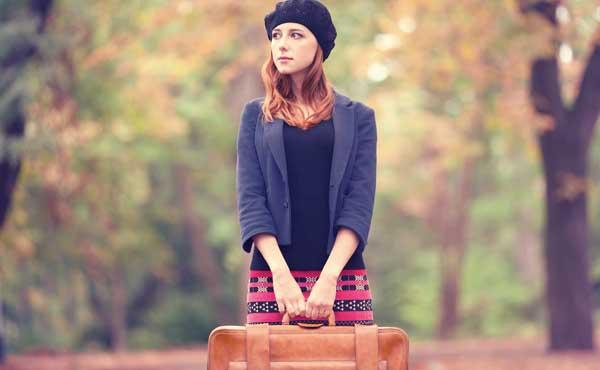 傷心旅行に出る女性