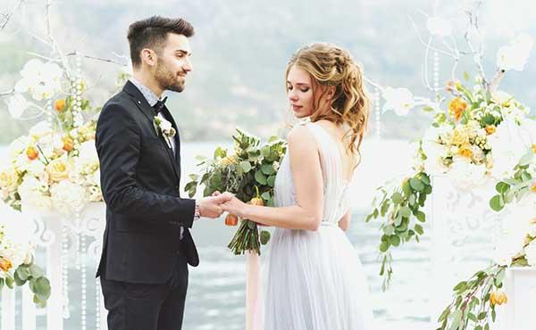 玉の輿結婚ゲット・お金持ち男性のセレブ妻になる方法