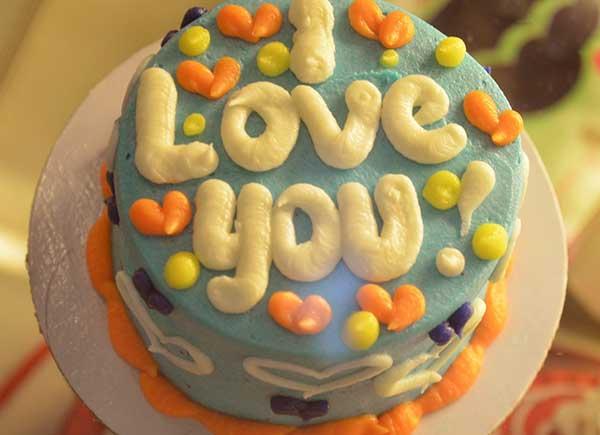 彼女にしたいタイプの内面イメージ愛のケーキ