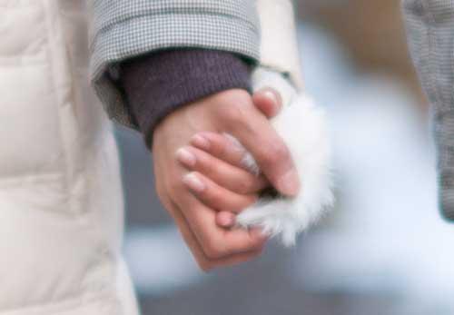 彼と手を繋ぐ