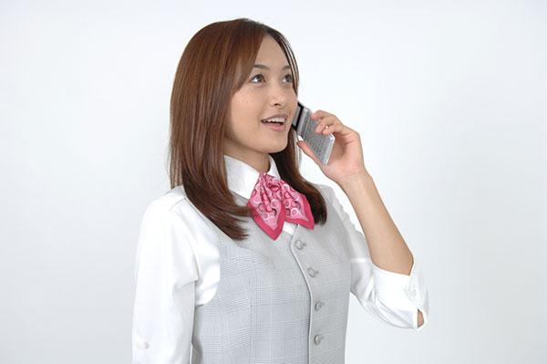 職場の好きな人に嫌われるおしゃべり女性