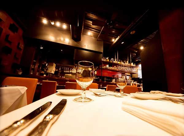 食事デートのレストラン