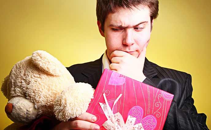 バレンタイン男の本音を暴露・嬉しくない迷惑チョコの実態