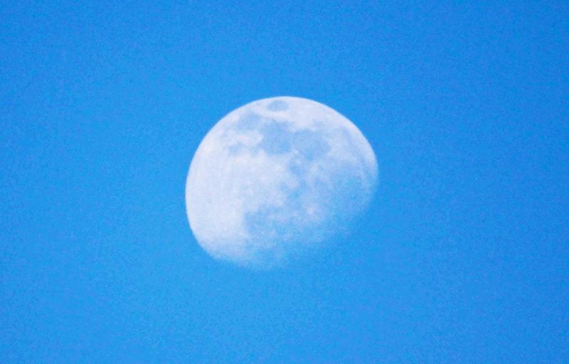 満月の手前