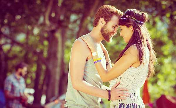 幸せな恋愛ができる女性10の特徴