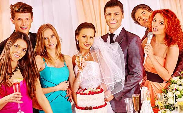 結婚式友人代表スピーチ例文・短めが感動を残すコツ