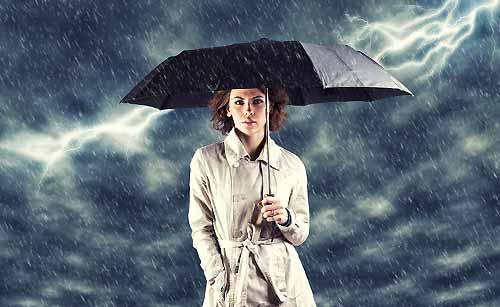 雨のように機嫌の悪い女性