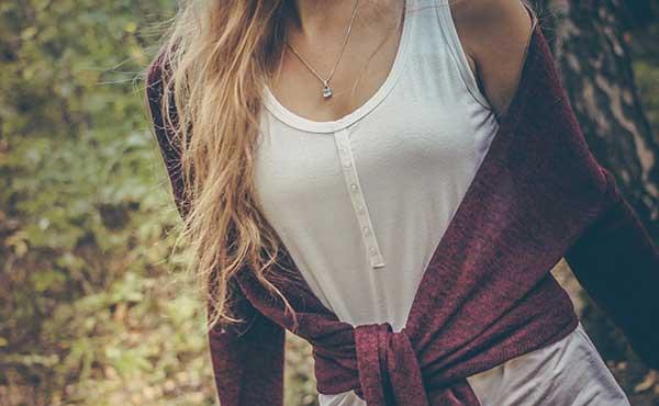 胸を小さくしたい・バストを美しくコンパクトに見せる方法