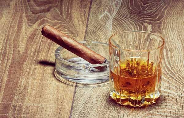 お酒とタバコ