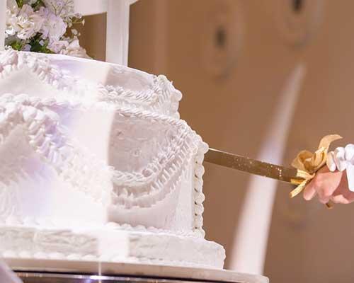 結婚式ケーキ入刀