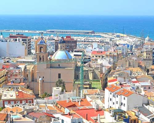スペインの古い街並み