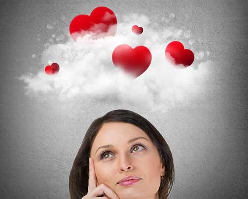 恋の戦略ばかり考える女性