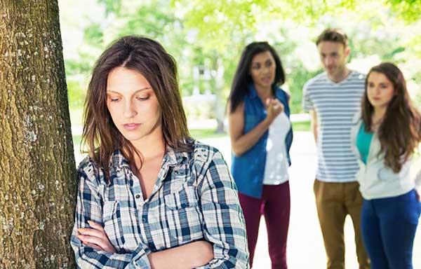 孤独な女子学生
