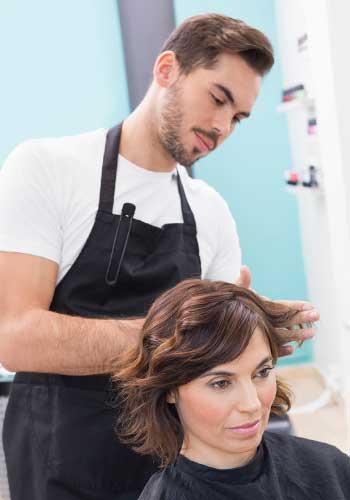 美容師の男性