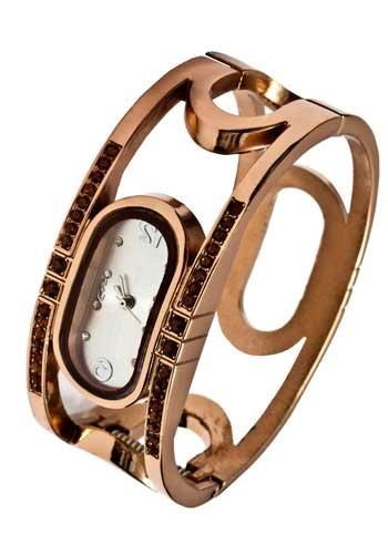 珍しい形の腕時計