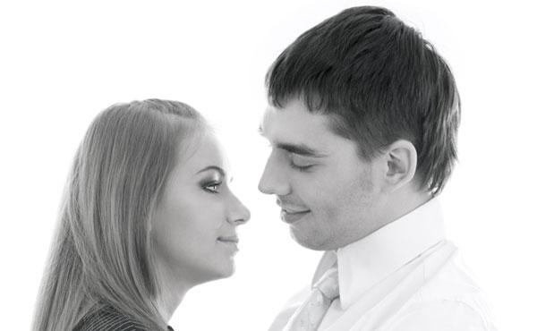 社内恋愛がばれた…会社側に迷惑をかけずに対処する3つのルール