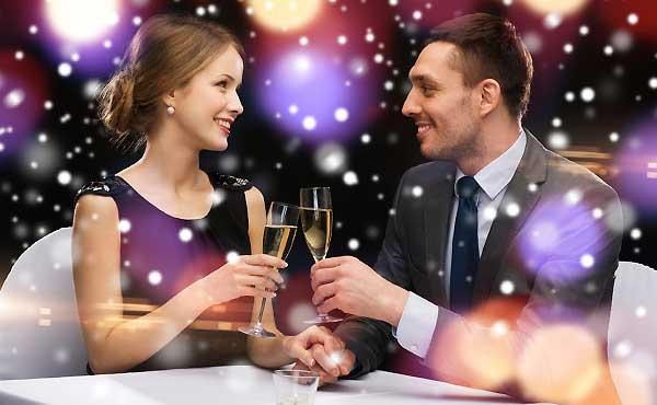 好きな人との距離を縮める夜デート!自然にカップルになれる理由