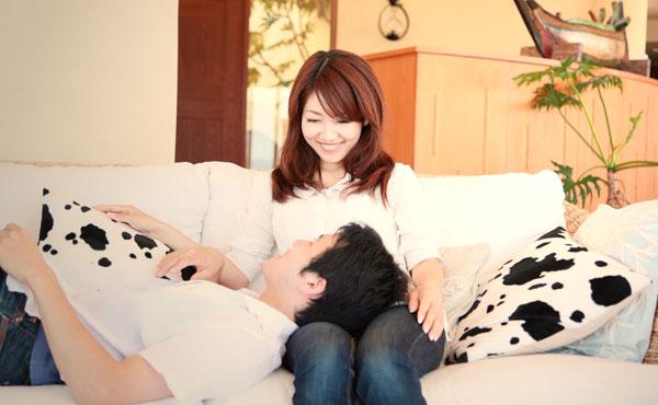 世の彼氏は膝枕好き?甘えたい6つの理由&愛され彼女になる秘訣