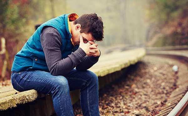男の涙・好きな人の泣き顔や弱ってる姿にキュンとするワケ