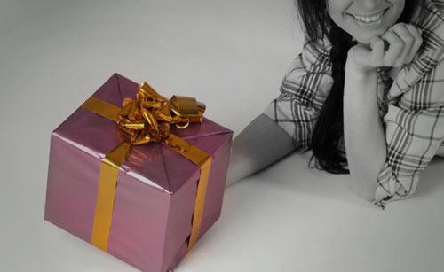 プレゼントと女性