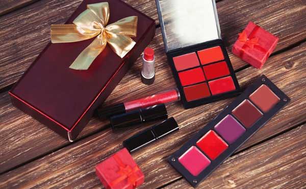 化粧品の使用期限・安心できないアイテム別の保管方法まとめ