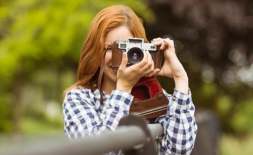写真が趣味な女性
