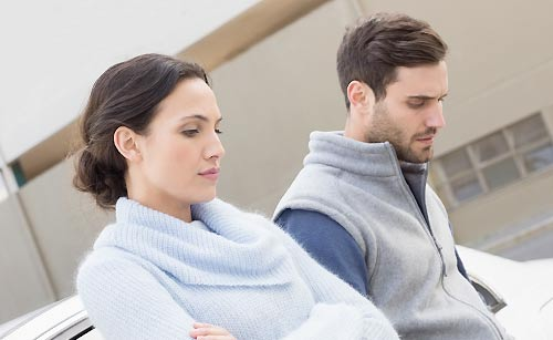 ストレスをため込むカップル