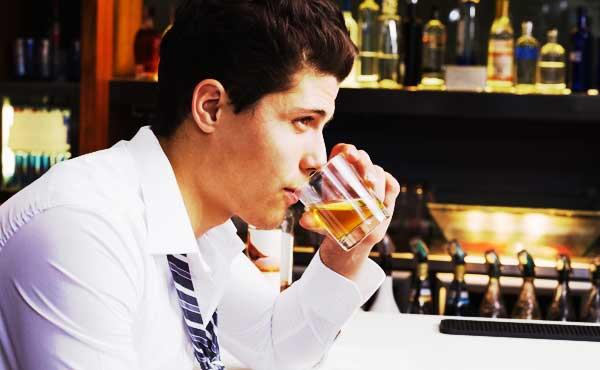 お酒の味がニガテな男性