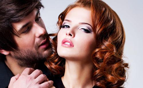 刺激的な魅力を醸し出す女性