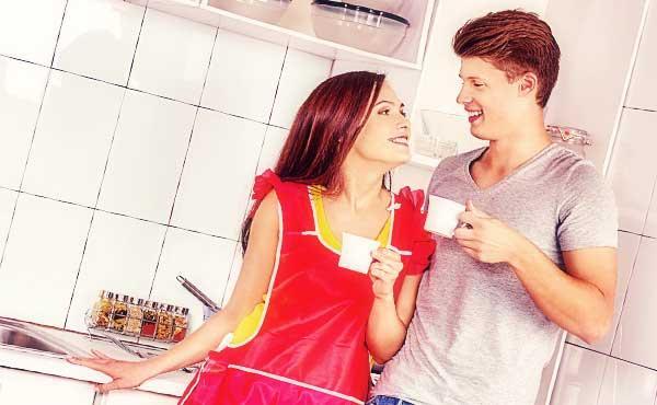 共働きと専業主婦、幸せな結婚生活を送れるのはどっち?