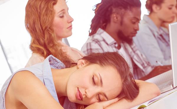 昼寝の効果を高めるコツ・午後の仕事が捗る4つのワケ