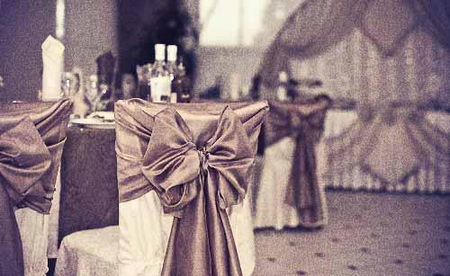 暗いムードな結婚式