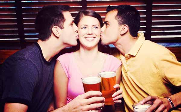 酔った勢いでキスしてくる男性5つの本音