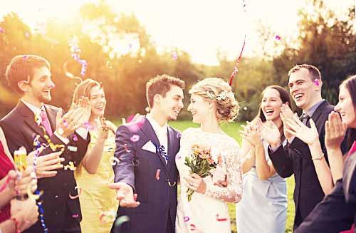 幸せな結婚式