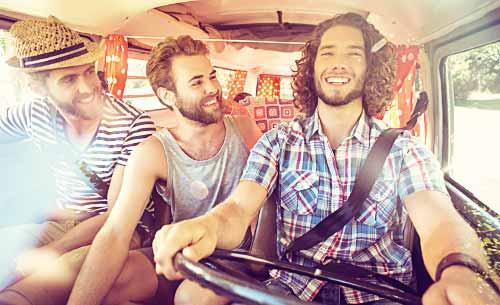 男同士のドライブ
