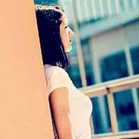 好き避けする女性の特徴・本命を避けるのはスキの裏返し