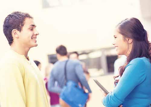 恋話を始める男女