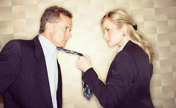 職場恋愛の別れを迎えたとき絶対ドン引きされる女の行動
